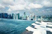 Infinity pool of Marina Bay Sands — Stock Photo
