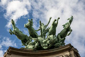 Horses statue in Paris — Stock Photo
