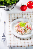 Salade de tortellinis italiens frais — Photo