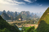 Chinese mountain landscape in guilin yangshuo — Stock Photo