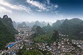 Karst mountains around the yangshuo county — Stock Photo