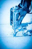 Bras hydraulique avec disjoncteur de l'impact — Photo