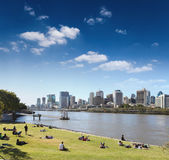 Brisbane skyline from the park — Stock Photo