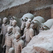 Terra cotta warriors and horses — Stock Photo