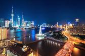 Escena hermosa noche en shangai — Foto de Stock