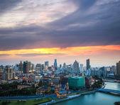 Hermosa shanghai en puesta de sol — Foto de Stock