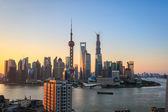 Shanghai skyline en sunrise — Foto de Stock