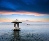 Chinese west lake in sunset — Stock Photo