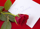 Card and rose for Valentines — Stockfoto