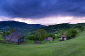 Evening landscape in the mountains. Ukraine. — Stock Photo