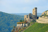 Ruined castle in Rhineland, Germany — Stock Photo