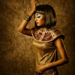 Beautiful egyptian woman bronze portrait — Stock Photo