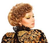 Woman fashion hairstyle portrait — Stock Photo
