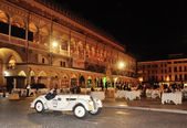 A white BMW 328 takes part to the 1000 Miglia classic car race on May 15, 2014 in Piazza delle Erbe, Padova. The car was built in 1937 — Stock Photo