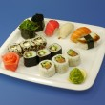 伝統的な日本の寿司のクローズ アップ — ストック写真