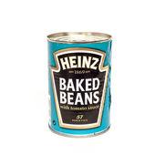 Hienz Baked Beans angled — Stok fotoğraf