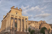Rome Temple of Antoninus and Faustina 04 — Stock Photo