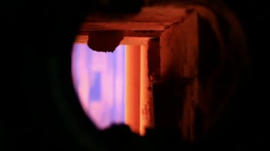 Pink lights from gas combustion chamber — Stock Video
