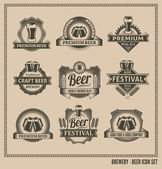 Retro Beer Labels and Icons — Stock Vector