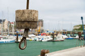 кран в гавани dieppe — Стоковое фото