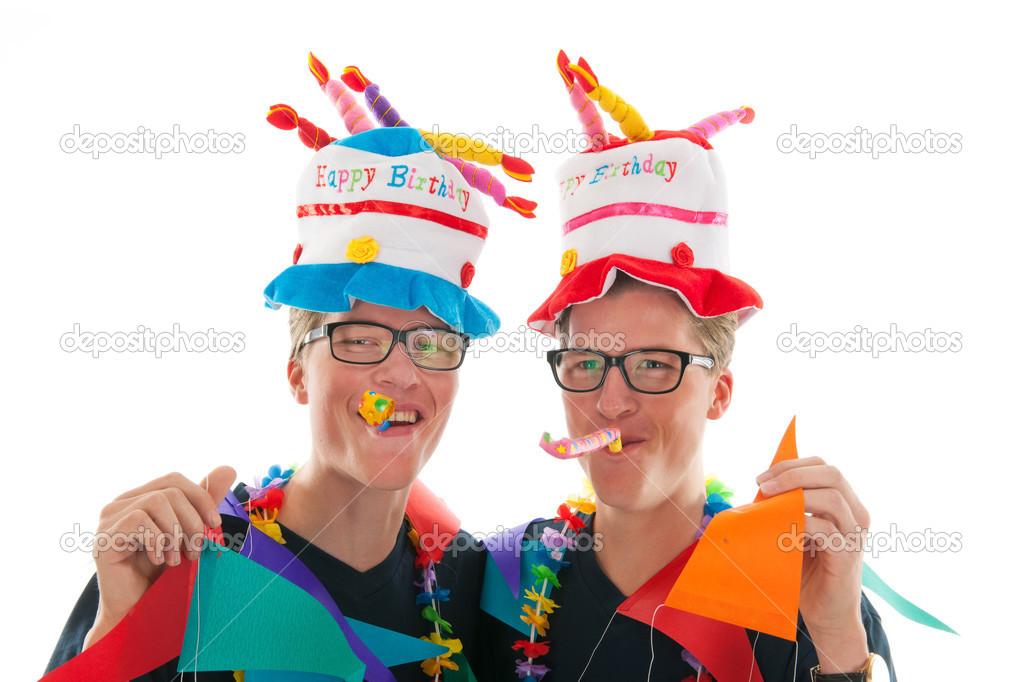 Поздравление с днем рождения мужчине близнецам