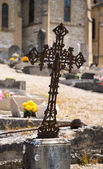 Rusty cross on cemetery — Stock Photo
