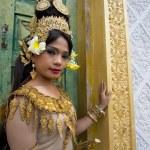 Apsara Dancer — Stock Photo #15709259