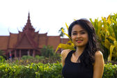 Cambodian attractive girl, national museum — Stock Photo