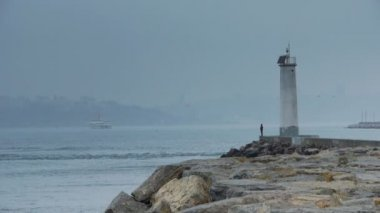 Lighthouse coast water nature — Stock Video
