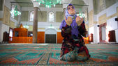 Muslim girl praying — Foto Stock