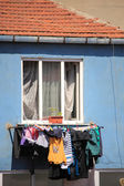 Clothes drying at turkish ghetto in istanbul — Stock Photo