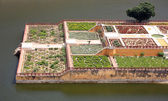 Elevated view of Amber Fort gardens in Jaipur India — Stock fotografie