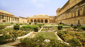 View of Amber Fort gardens in Jaipur India — Stock Photo
