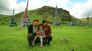 Shaman mongolian family — Stockvideo