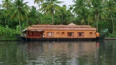House Boat — Stok video