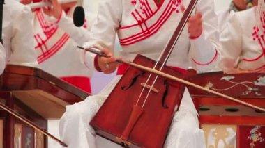 Morin Khuur, Mongolian bowed stringed instrument — Stock Video