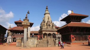 Bhaktapur Durbar Square, everyday life — Stok video