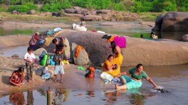 Local women doing laundry — Stock Video