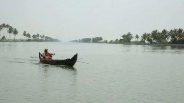 Everyday scene in Kerala Backwaters — Stock Video