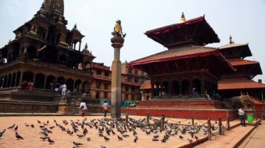 Everyday scene, Patan Durbar Square — Stock Video