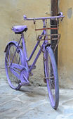 Purple bike — Stock Photo