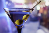 Martini aux olives vertes — Photo