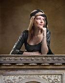 Woman in Renaissance dress — Stock Photo