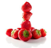 Strawberry on white reflexive background — Foto de Stock
