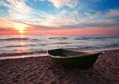 海岸にボートします。 — ストック写真