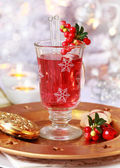Mulled wine glass with cranberry — Stock Photo