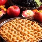 Traditional apple pie — Stock Photo #12704000