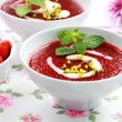 Cold strawberry soup for summer — Stock Photo