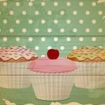 Retro cupcakes on wood — Stock Vector #12023733