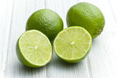 Two halves of lime — Stock Photo